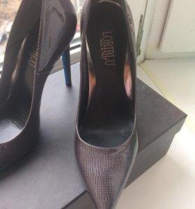 Туфли новые LORIBLU