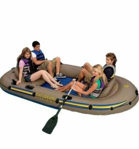 Двухместная лодка Excursion 4