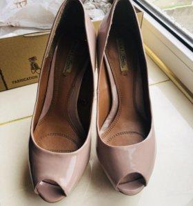 Туфли лаковые Zara, 37 р