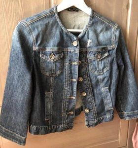 Джинсовая куртка Sisley