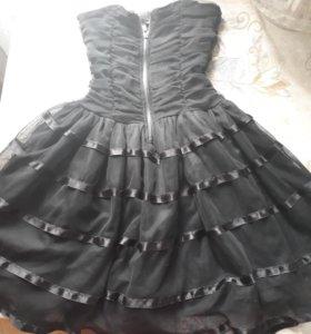 Платье вечернее с молнией спереди.