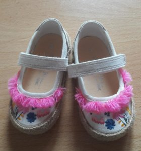 Текстильная обувь. Next.
