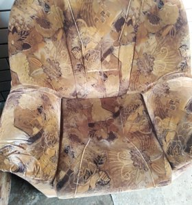 Отличные кресла