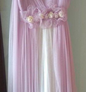 Платье нарядное на 9-10 лет