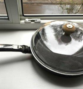 Сковорода и крышка