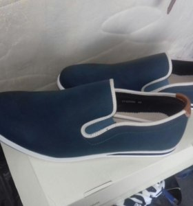 Мужские туфли новые 43 размера