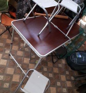 Столик со стульями