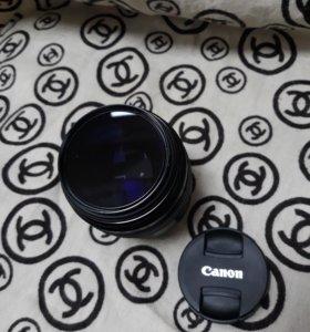 Объектив Canon Ultrasonic EF 85mm