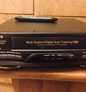 Видеомагнитофон кассетный