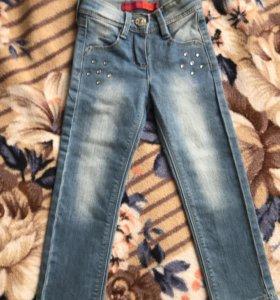 Новые джинсы для девочки 98