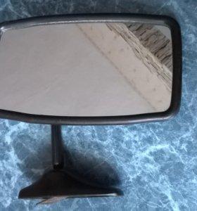 Зеркало заднего вида универсальное.