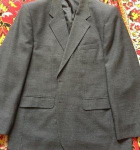 Отличный мужской костюм р-р 56/176
