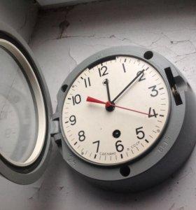 Часы настенные судовые