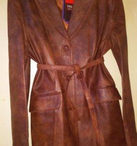 Кожаная куртка YINI