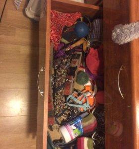 Поводок, ошейник, игрушки, шлейка, мячи, миски