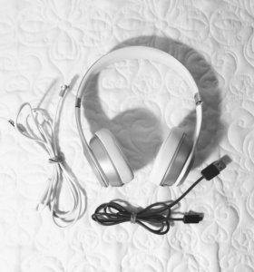 Наушники Beats Solo Wireless