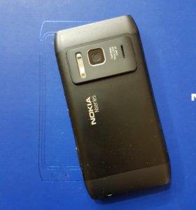 Два мобильных телефона Нокиа