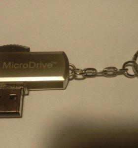 USB флешка 32 Gb.