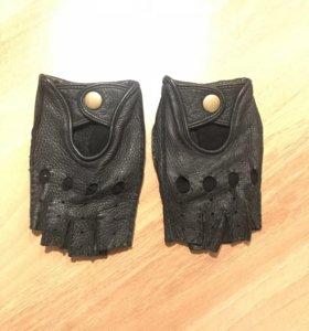 Автомобильные перчатки, кожа