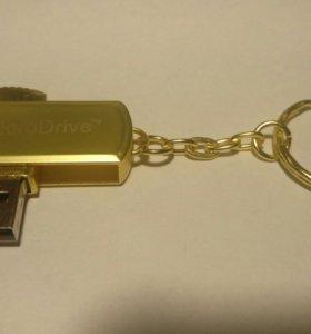 USB Флешка 32 гб.