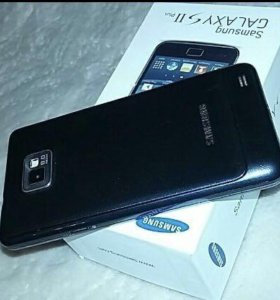 Смартфон Samsung I9105 Galaxy S II Plus