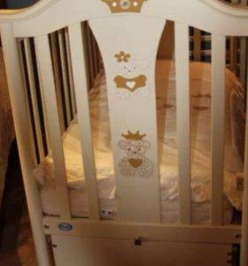 Детская кроватка и матрацCapriccio Pali (Италия)