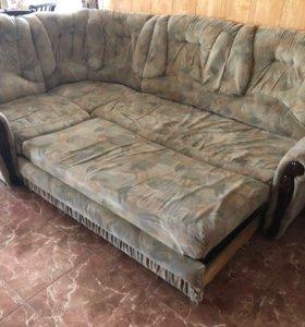 Продаю угловой диван с креслом б/у