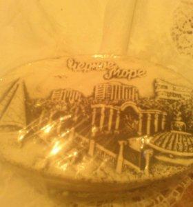 Декоративная тарелка и шкатулка