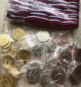 Медали за I, II, III места