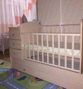 Продам кровать ! Пользовались три месяца!