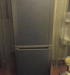 Холодильник Самсунг