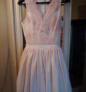 Шикарное платье можно на выпускной