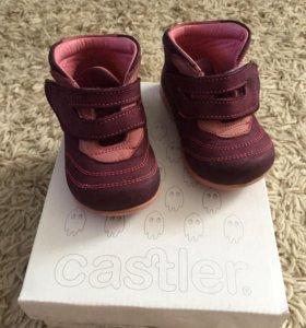 Ботинки для девочки Castler размер 20