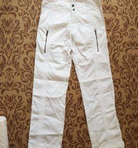 Белые брюки Sasch 44
