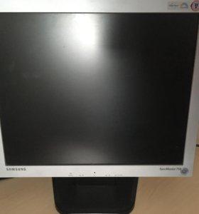Монитор Samsung 710v c