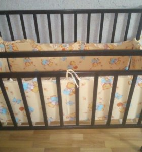 Кроватка и бортики