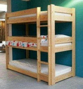 Кровать трехярусная