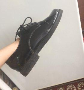 Ботинки, лоферы