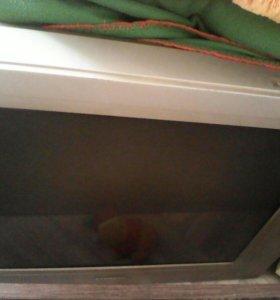 2 телевизора, холодильник