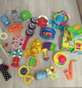 Пакет игрушек от 0
