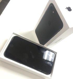 Продаю iPhone 7-128G