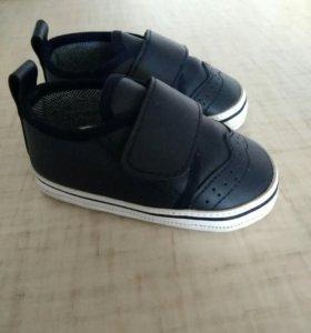 Детский обувь 17-18 раз