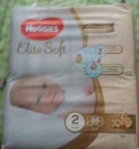 Huggies подгузники Elite Soft 2 (3-6 кг) 88 шт