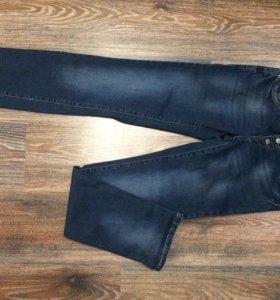 Новые джинсы, размер 28
