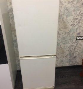 Крутой холодильник