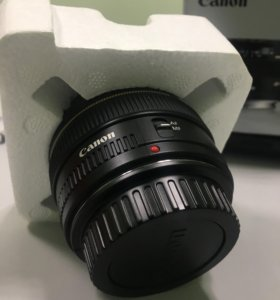 Объектив Canon EF 50 mm