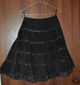 Чёрная тёплая юбка