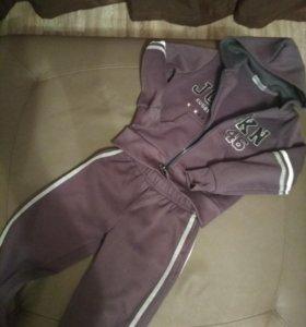 Спортивный костюм на 5-6 лет