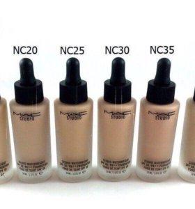 Тональные крема MAC #nc20 , Kylie #01,02