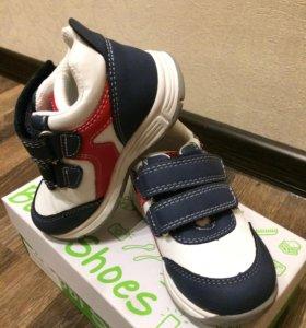 Новые кроссовки Bobbi Shoes 23 размер